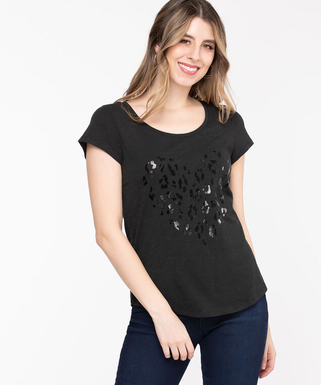 Scoop Neck Shirttail Graphic Tee, Black/Black Heart