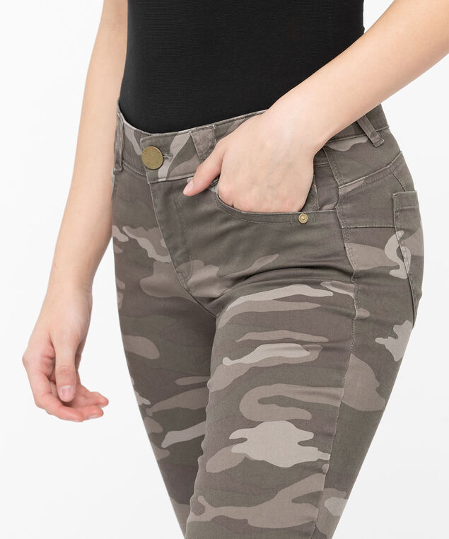 "Democracy ""Ab""solution Camo Crop, Praline/Basil/Stone, hi-res"