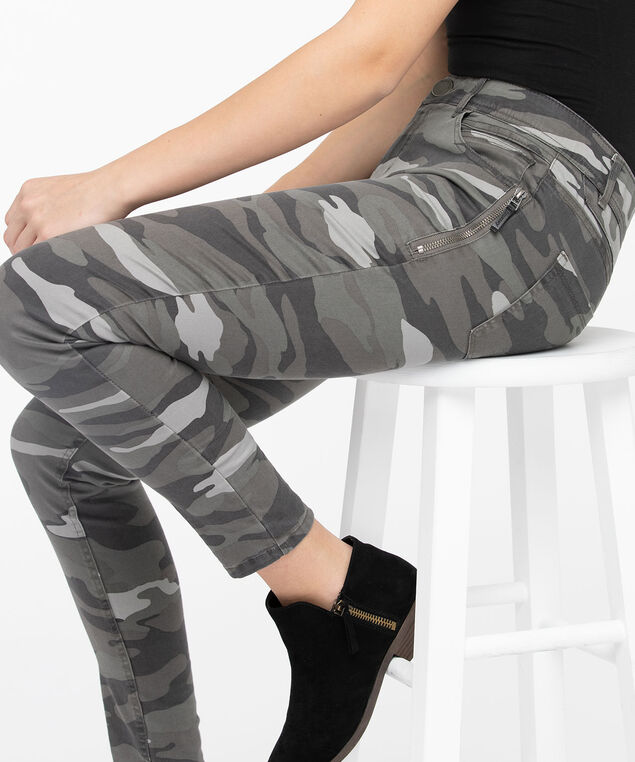 "Democracy ""Ab""solution Camo Jegging, Olive Mix"