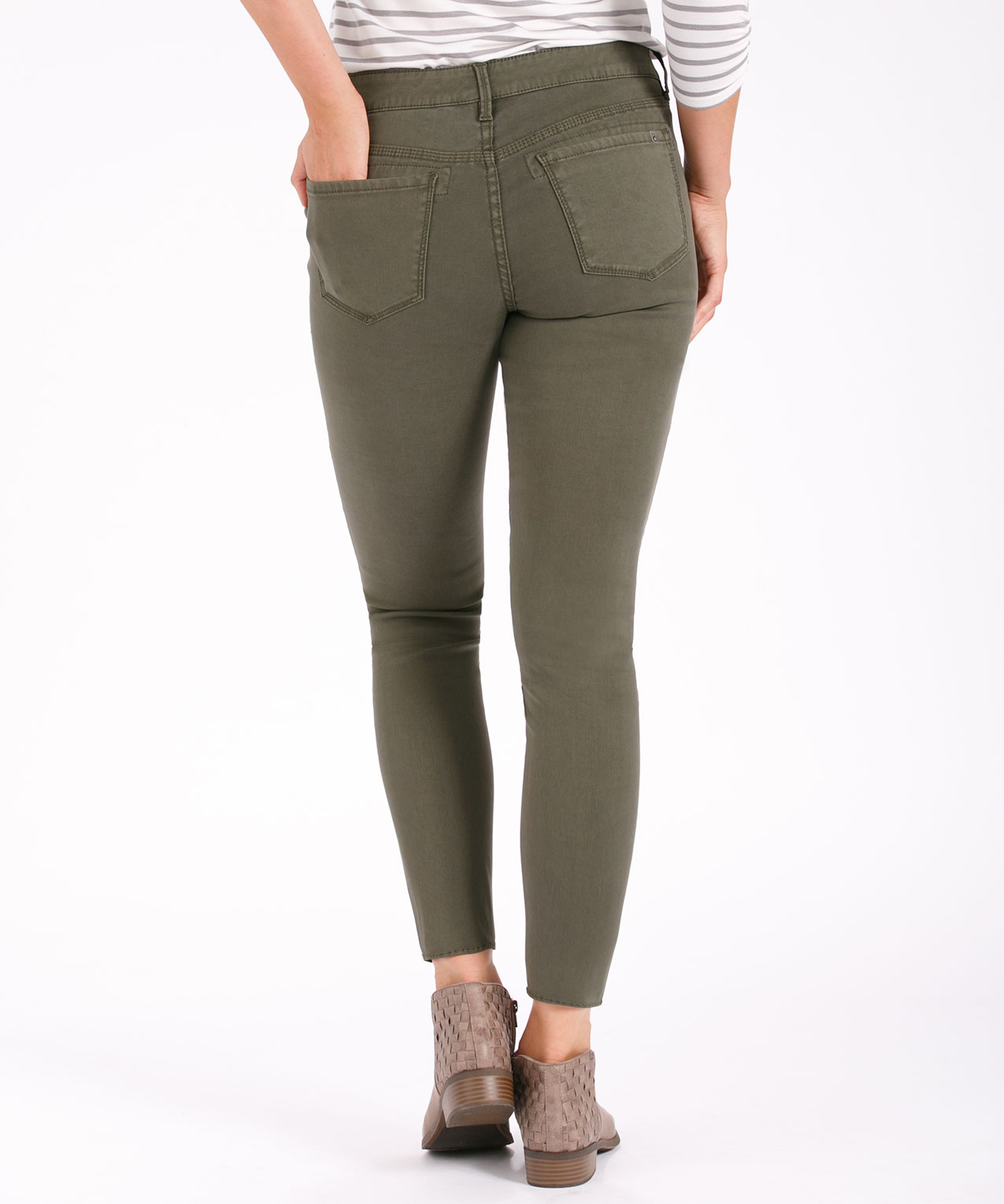 4bf75aeb ... Silver Jeans Co. Aiko Slim Cargo, Olive, hi-res ...